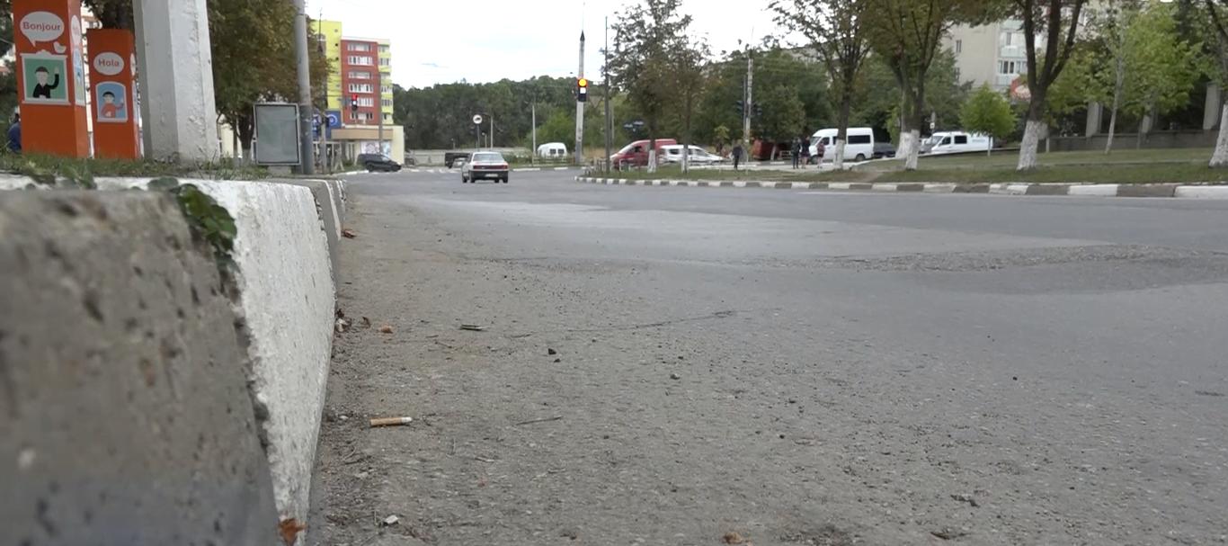 măturător de stradă accidentat