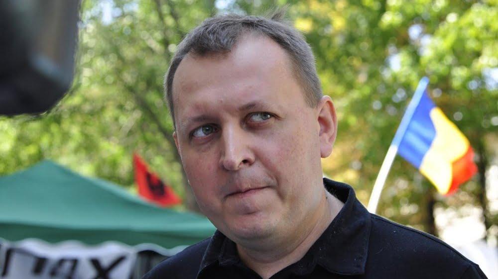 Петренко попросил политического убежища